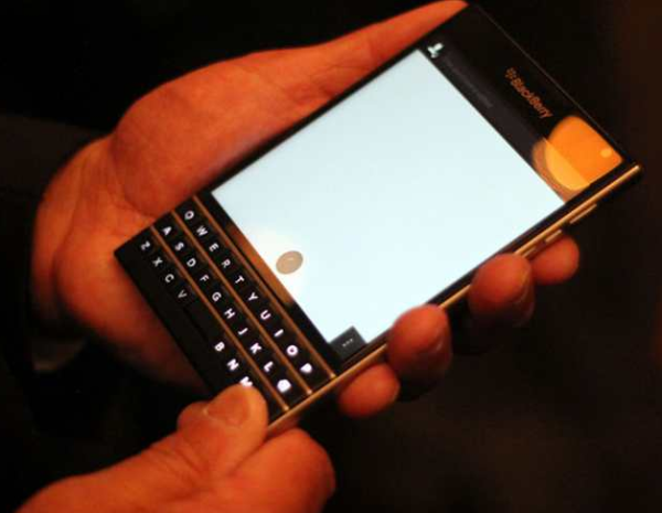 blackberry-passport-celular
